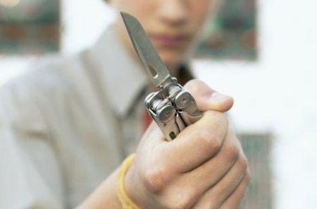"Результат пошуку зображень за запитом ""погрожував ножем"""